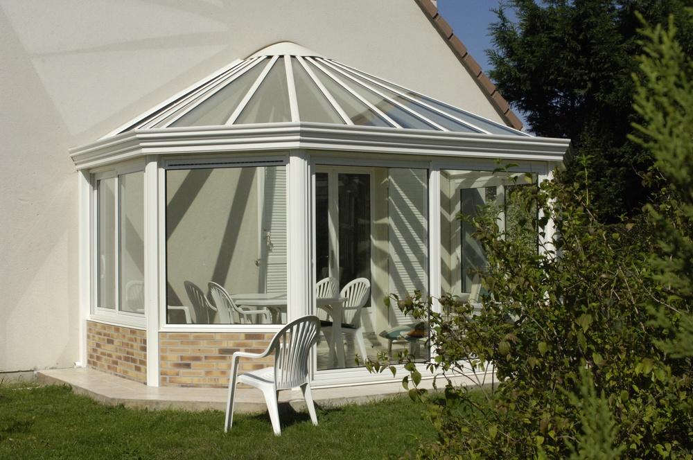 La v randa l quipement tr s tendance chiara et m lissa - Permis de construire veranda 20 m2 ...